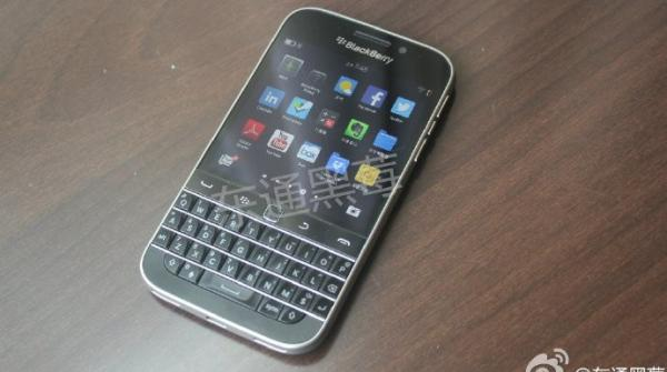 BlackBerry Q20 Model Photos Leaked